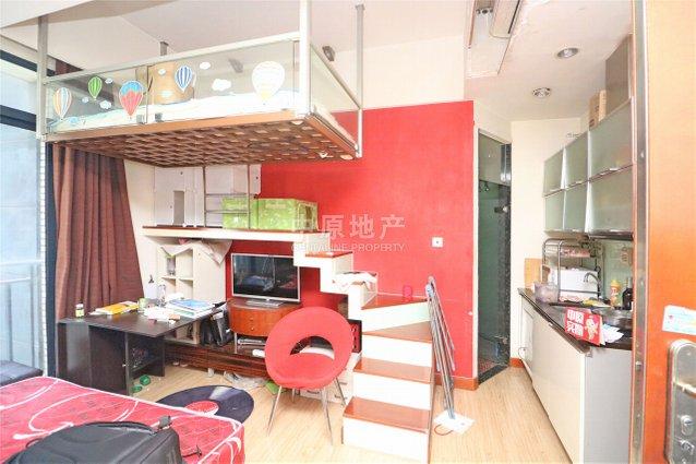 主卧朝南,独立电梯,小区中心位置,带露台,中式风格