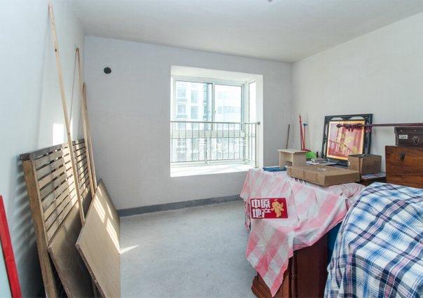 裕鸿佳苑(安润路637弄),大两房,电梯房,近地铁,采光充足