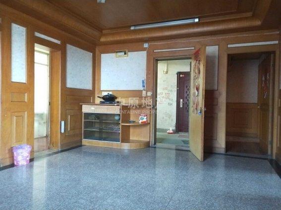 新丰花苑(鹤林路299弄),3室2厅,252万