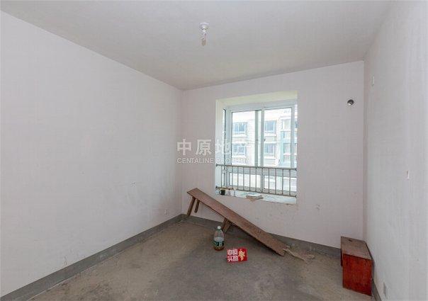 裕鸿佳苑(安寓路99弄),南北通透,一梯两户,不靠近马路,采光充足
